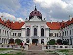 Королевский дворец в Гёдёллё в прежний красе