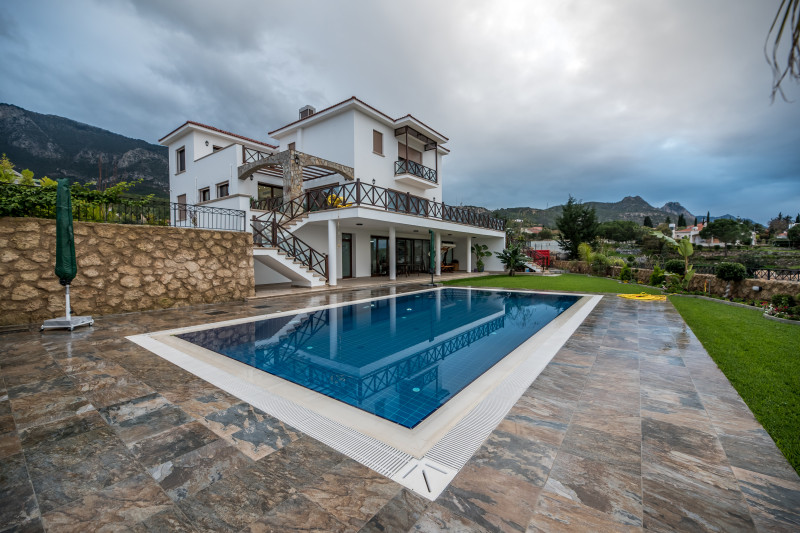 Villa inNorthern Cyprus, in Kyrenia