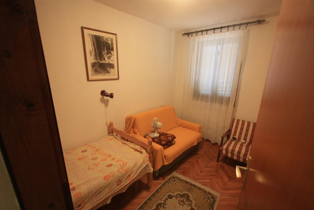 Добра вода в черногории купить дом