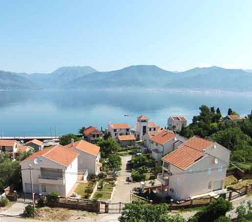 Власти Черногории увеличивают объемы строительства домов