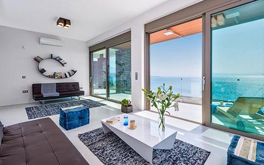 Налоги заставляют греков арендовать жилье