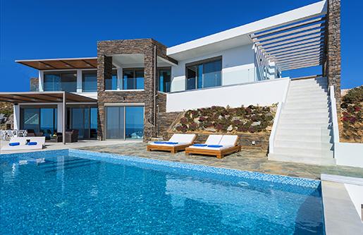 Греческая недвижимость все больше привлекательна среди состоятельных туристов