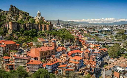 Власти Грузии повышают суму вложений в недвижимость для ВНЖ