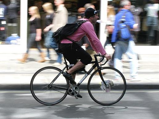 Французские власти готовы инвестировать в инфраструктуру для велосипедистов