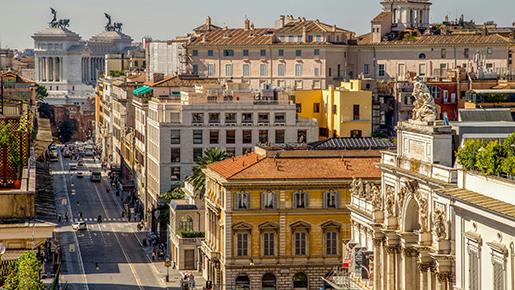 AEW приобретает актив в Италии