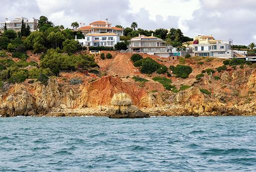 Иностранцы активно покупают португальскую недвижимость