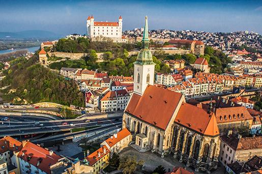 KLM Real Estate продает словацкий розничный портфель недвижимости