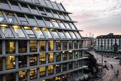 REInvest продает офисную недвижимость в Италии