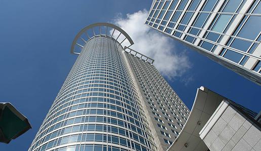 AEW приобретает офисную башню в Германии