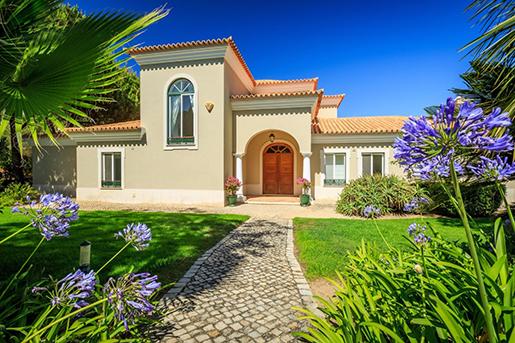 The Carlyle Group и Explorer Investments приобретают недвижимость в Португалии