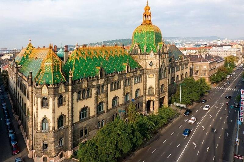 AEW инвестирует в недвижимость Будапешта