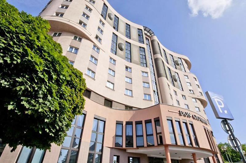 Компания Mornington Capital продал недвижимость в Чехии