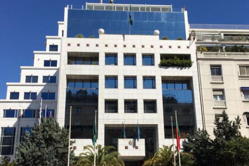 Hines приобретает знаковое офисное здание в Греции