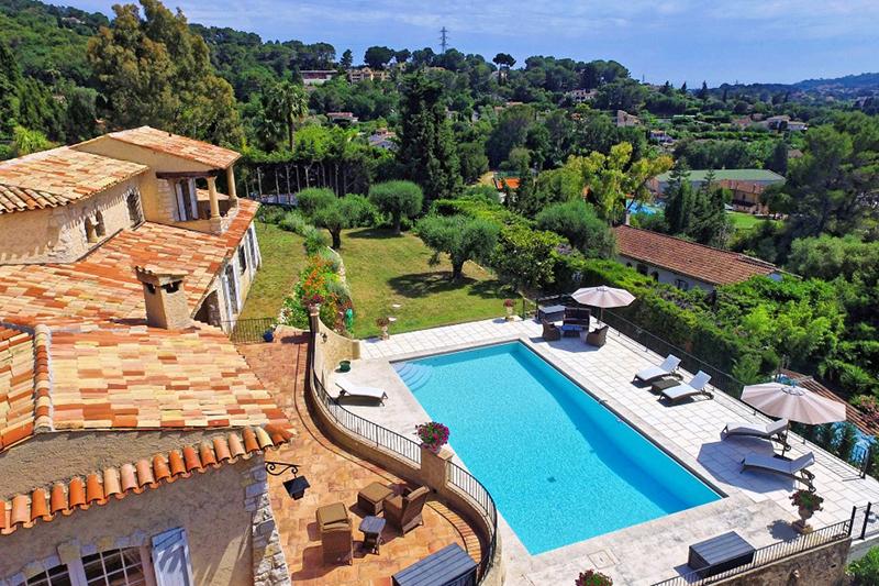 Власти Франции намерены контролировать аренду жилья в стране