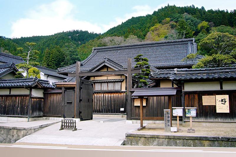Древний дом самураев можно арендовать в Японии