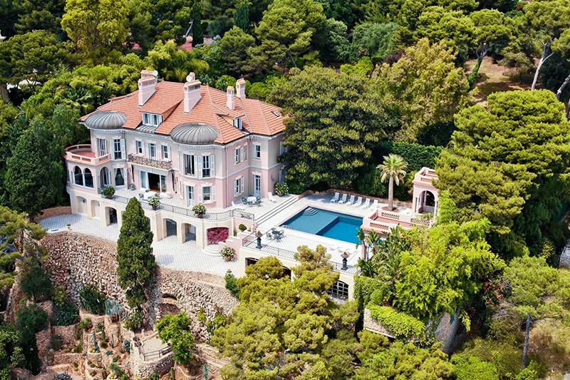 Французская элитная недвижимость пользуется спросом