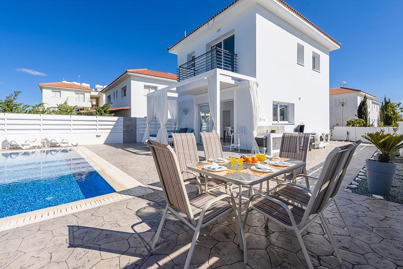 В Греции резко увеличились инвестиции в недвижимость