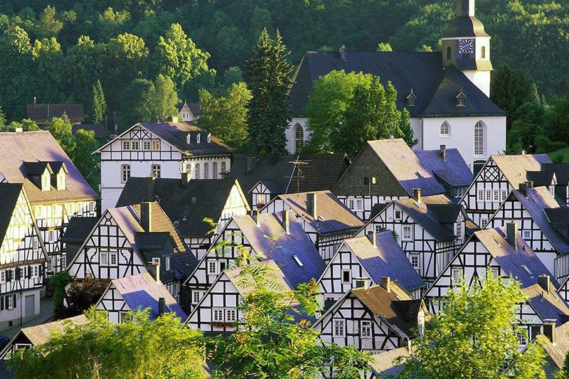 Жилье в немецких деревнях не доступно для граждан