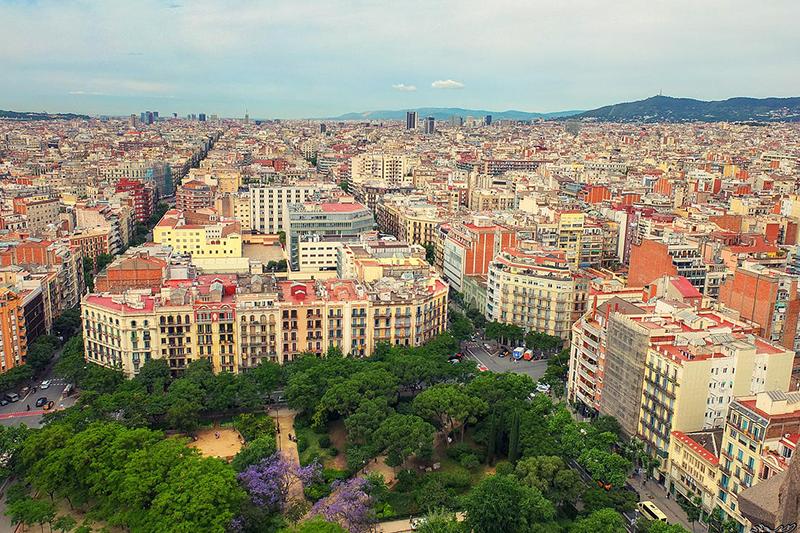 Эксперты верят в развитии рынка недвижимости Барселоны