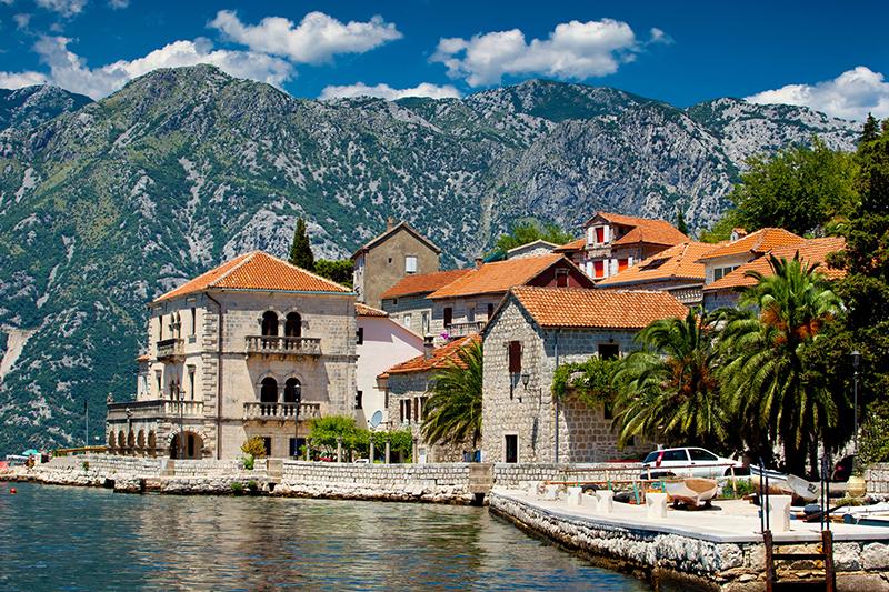 Черногория привлекает к себе все больше иностранных туристов