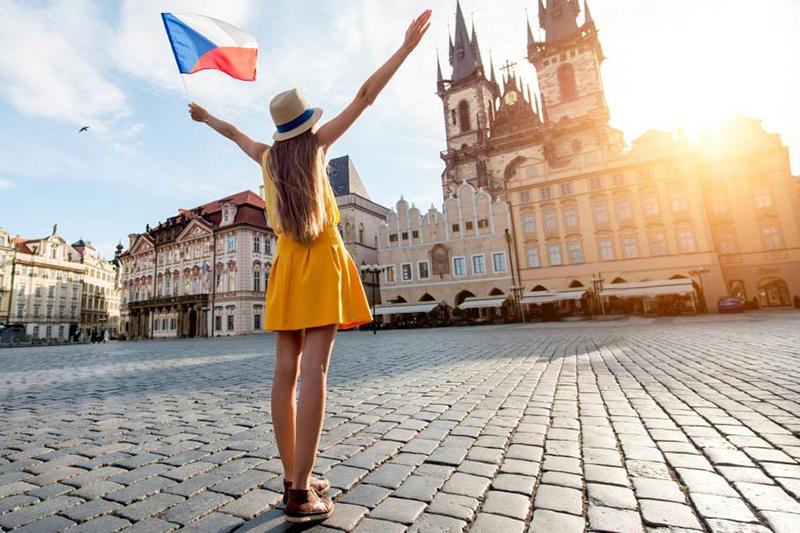 Недвижимость Праги привлекает внимание женщин