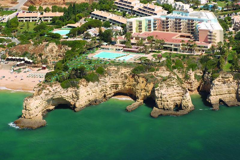 Летом в Португалии откроются первые отели с медицинской печатью