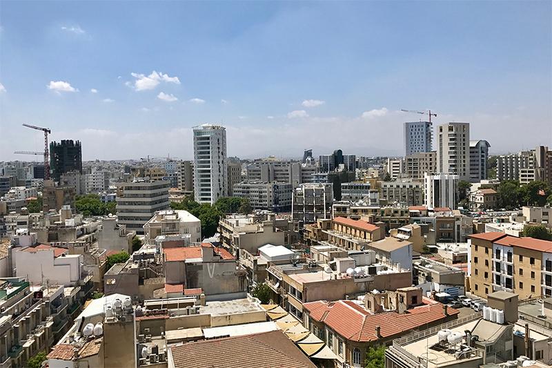 Цены на жилую недвижимость на Кипре снижаются