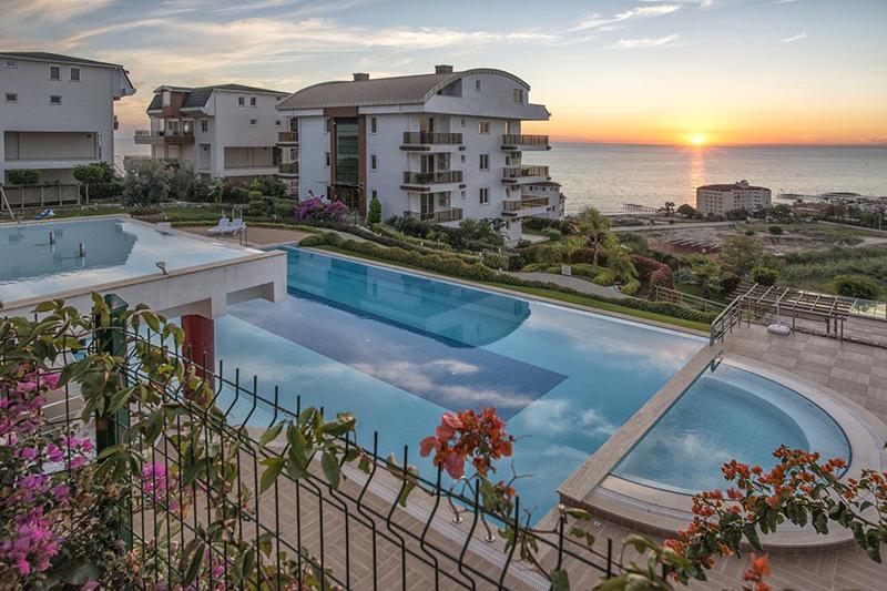 Как россияне оказались в топ-3 зарубежных покупателей жилья в Турции
