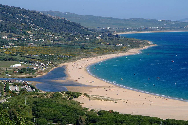 Лучший пляж в Испании по версии тысячи испанцев, откуда видно Африку