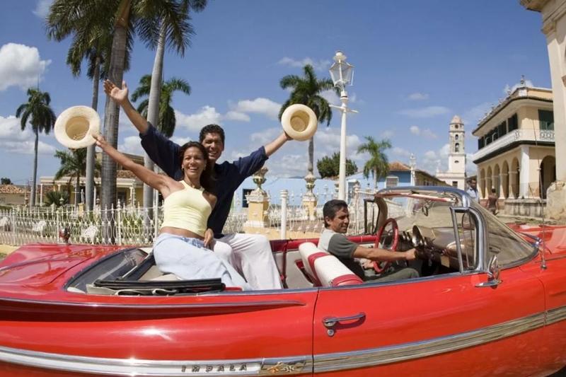 Куба отменяет ПЦР-тесты для россиян, с последующим одобрением «Спутника V»